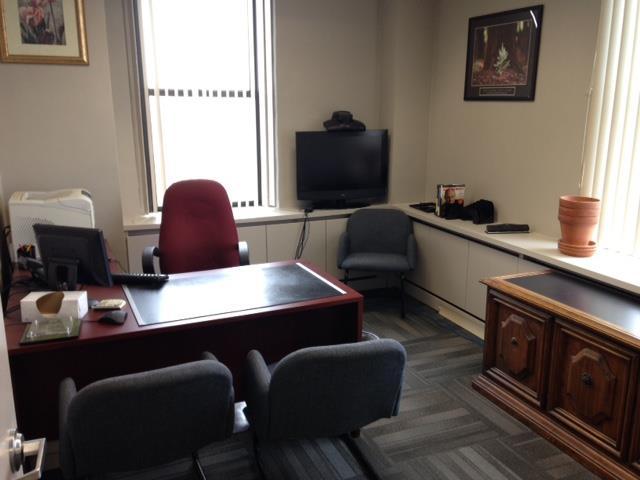 Ross & Hill - Office 2