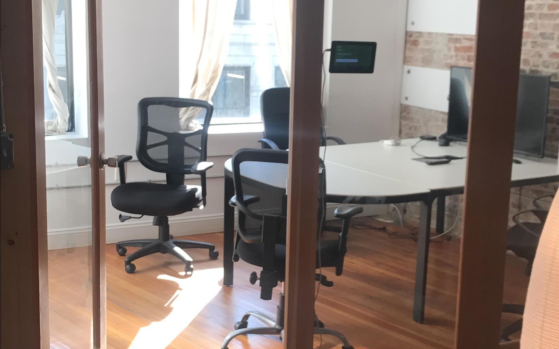Ready4 - DowntownCrossing, 10 Ppl, Flexible price