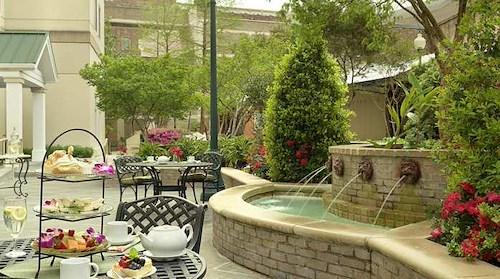 Hilton Garden Inn New Orleans Convention Center | LiquidSpace