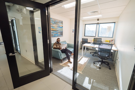 Upward Hartford - Private Office 237 + Coworking Space