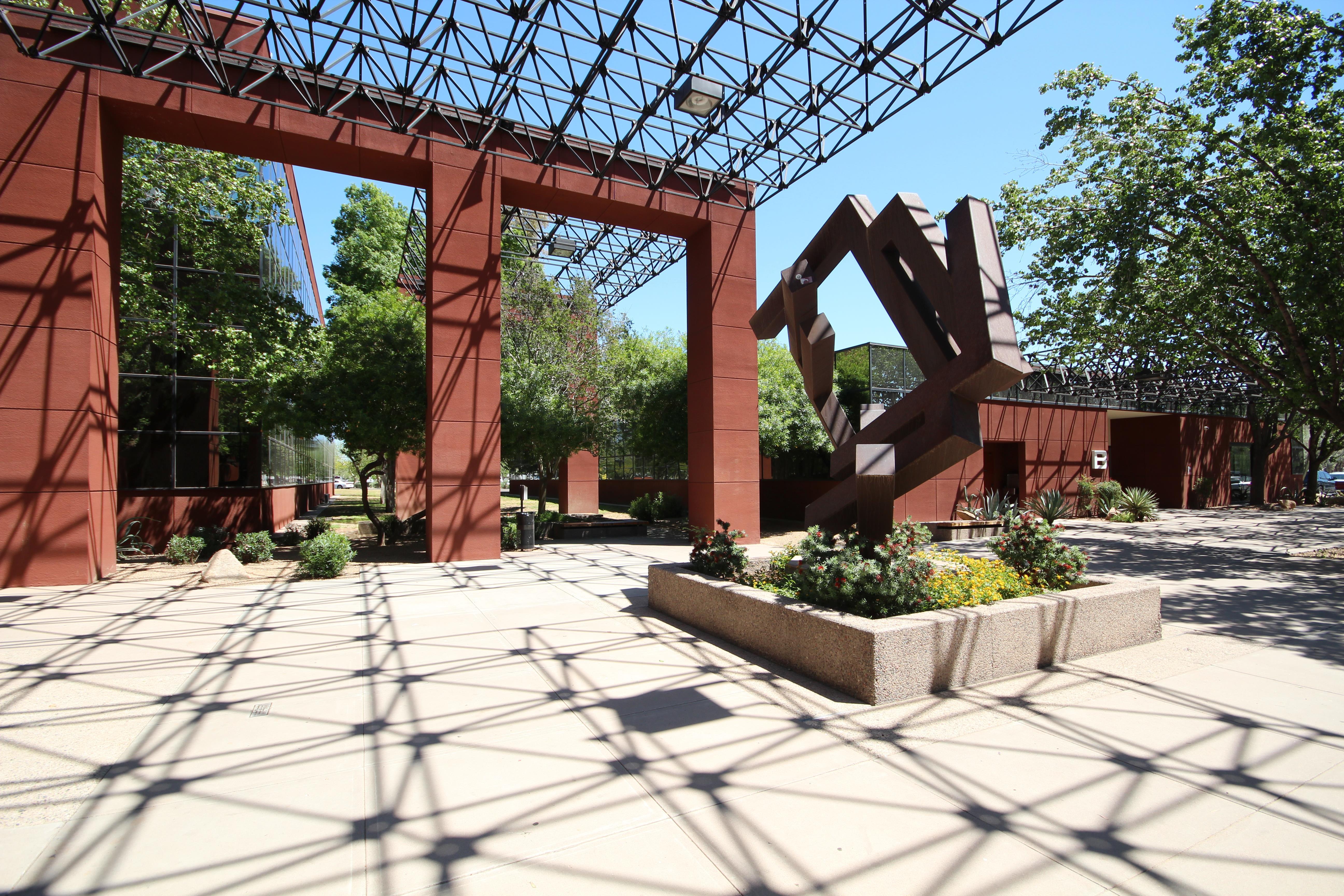 Boxer - Metrocenter Business Park - Suite B104