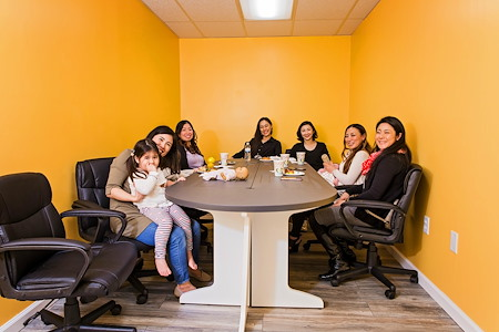 BizLounge - Meeting Room (Small)