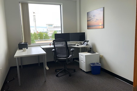Workspace@Shipyard - New Window Office #3