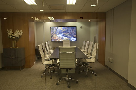 NYC Office Suites - 1270 Avenue of the Americas - Meeting Room 1