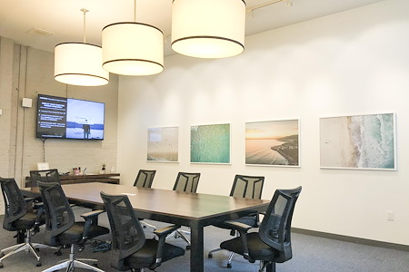 Cross Campus Santa Monica - Boardroom