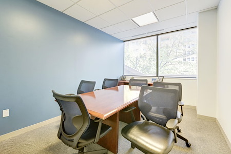 Carr Workplaces - Bethesda - Cabin John Meeting Room