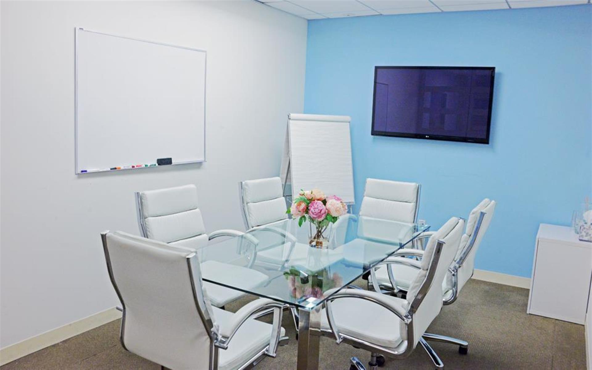 Quest Workspaces- New York City, Midtown - Conference Room