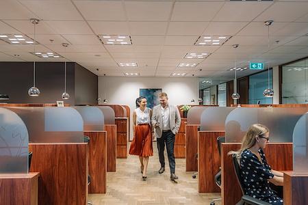Servcorp Riparian Plaza - Coworking Dedicated Desk 24/7 access