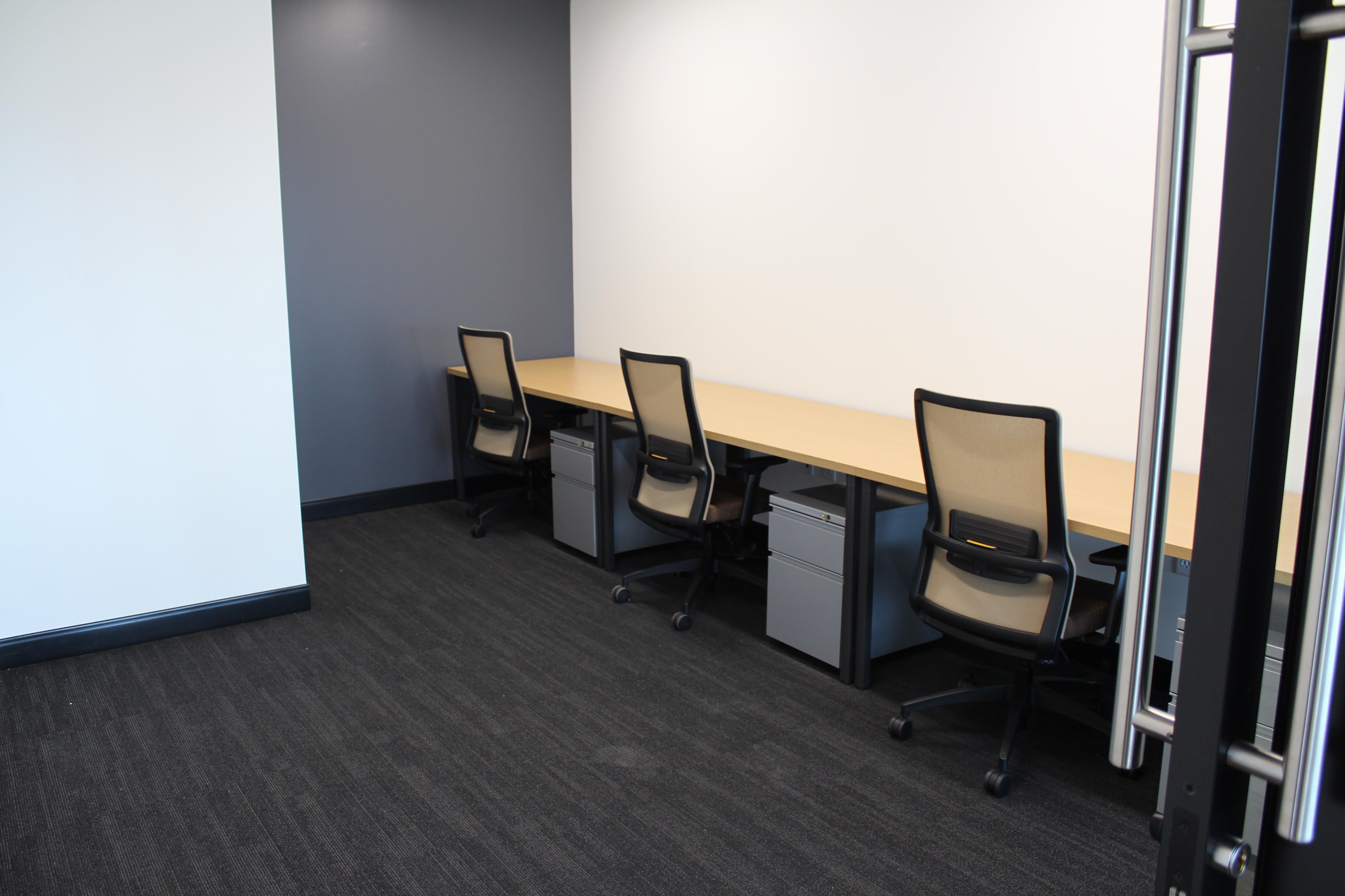 Venture X | Plano - Office Suite (3-person) Interior Space