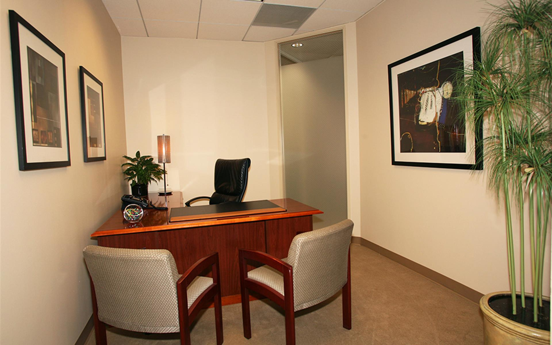 (PAR) Jamboree Center - Interior Office