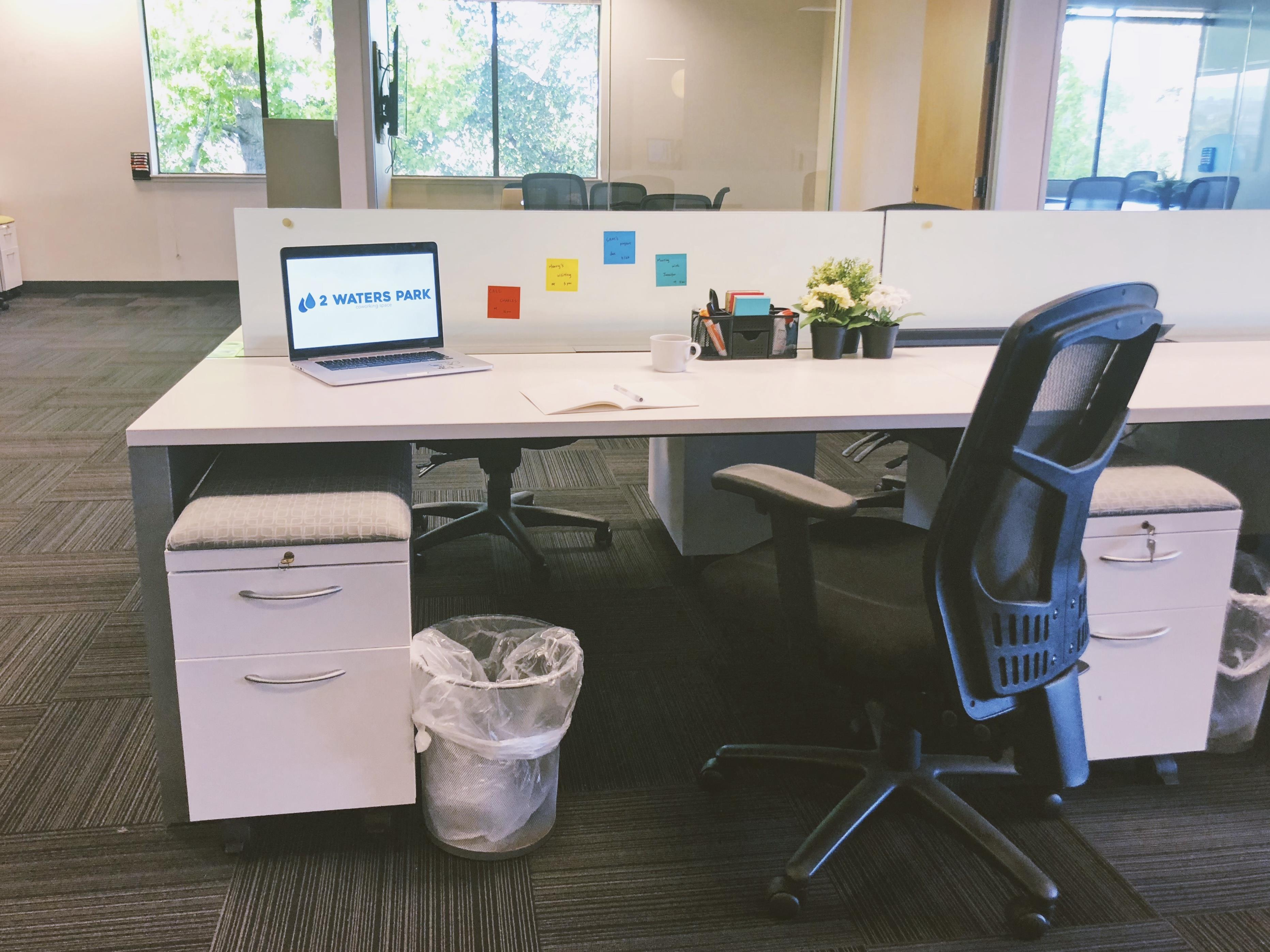 2 Waters Park - Membership with Shared Desk