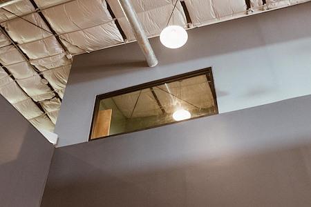 Atmosphere Coworking - Pluto Meeting Room