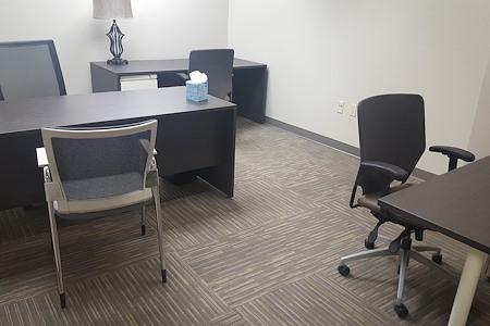 Office Evolution - Greenwood Village/Denver Tech Center - Great Team Office - Prime Location!!!
