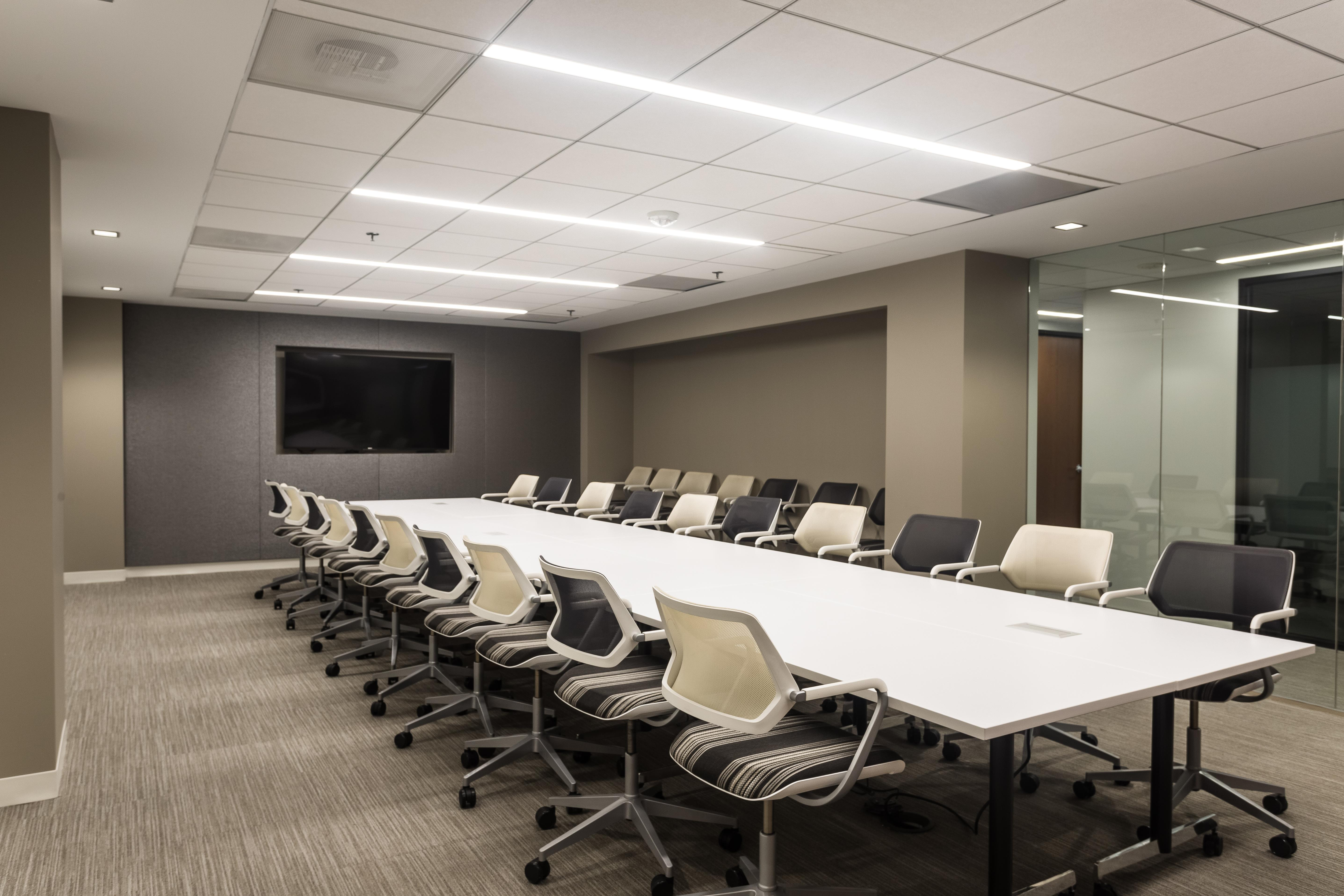 Farragut Workspaces - The Farragut Boardroom