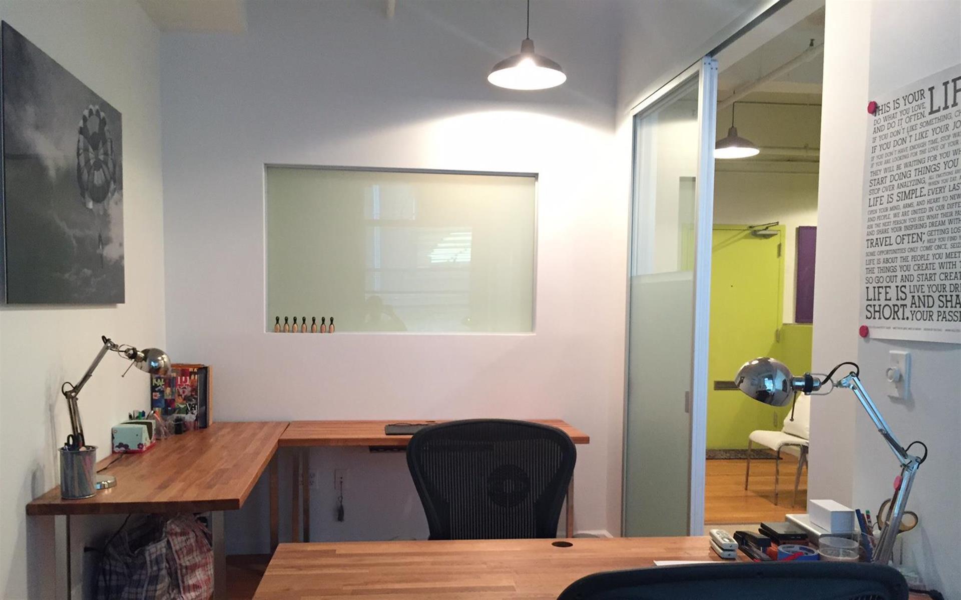 SWEET SADIE - Private Office