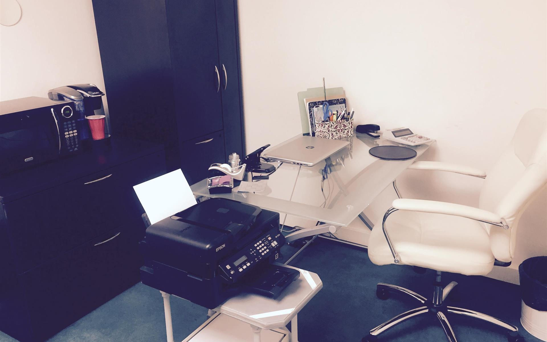 EMD Accounting Inc - Office Space