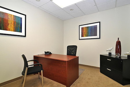 (BH2) Beverly Hills Triangle 2 - Interior Office