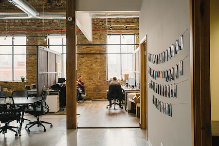 Fueled Collective – Chicago West Loop - Medium Semi-Private Office