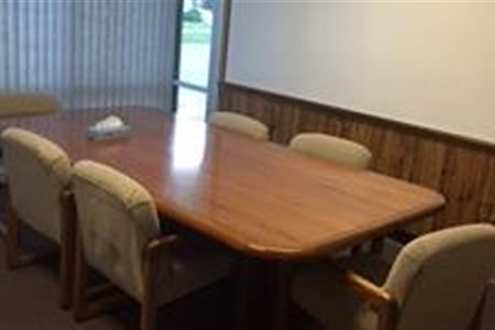 Law Resources Center - Conference room for 8 people