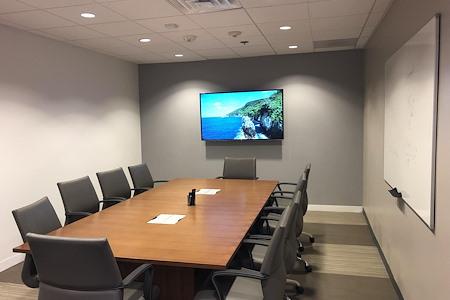 BLANKSPACES | IBASE Irvine - Medium Meeting Room #1202