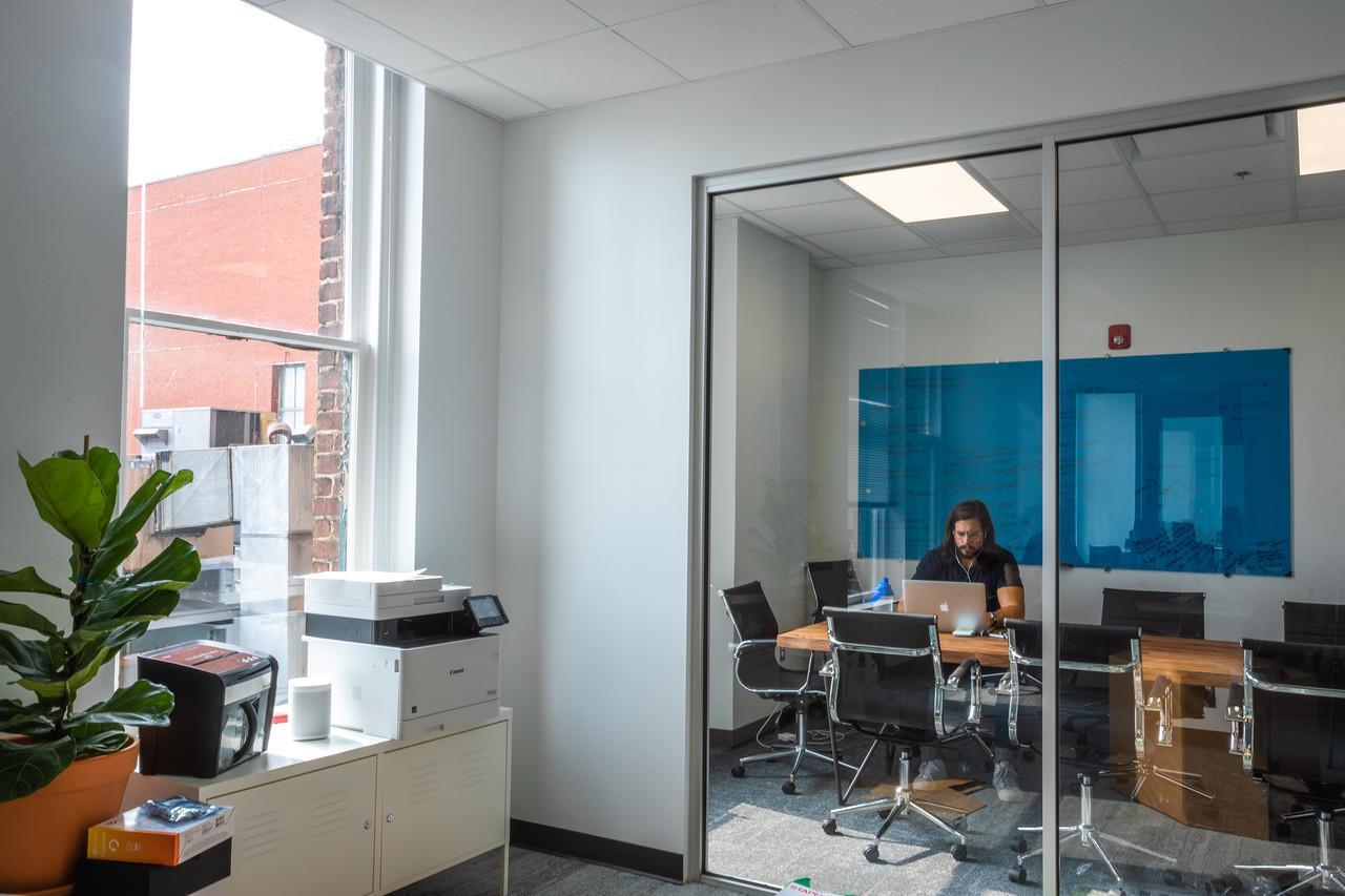 Novel Coworking - LaSalle Building - Suite A
