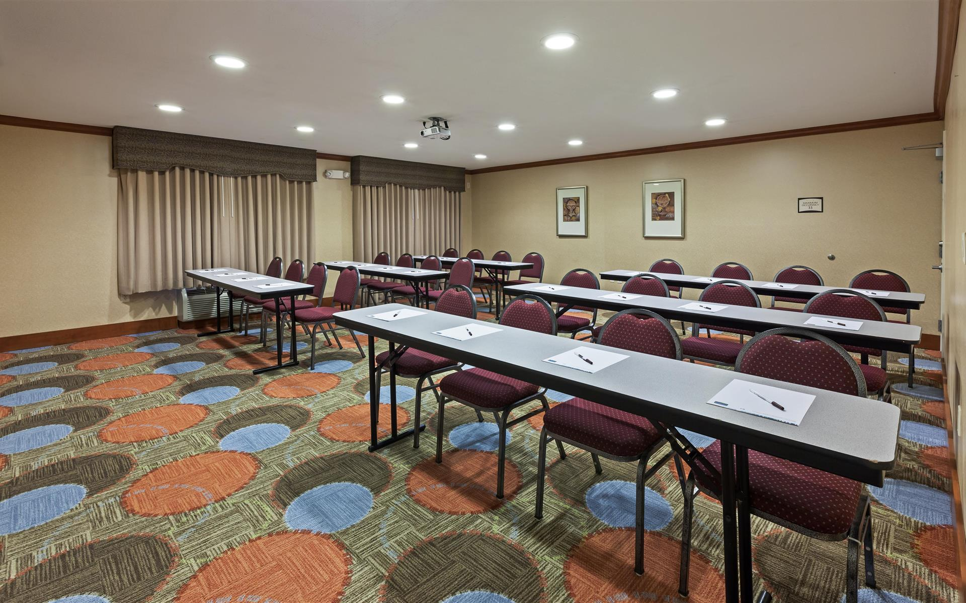 Staybridge Suites NW near Six Flags - The Alamo Room