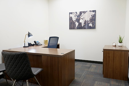Executive Workspace @ Riverside - Private Interior Office
