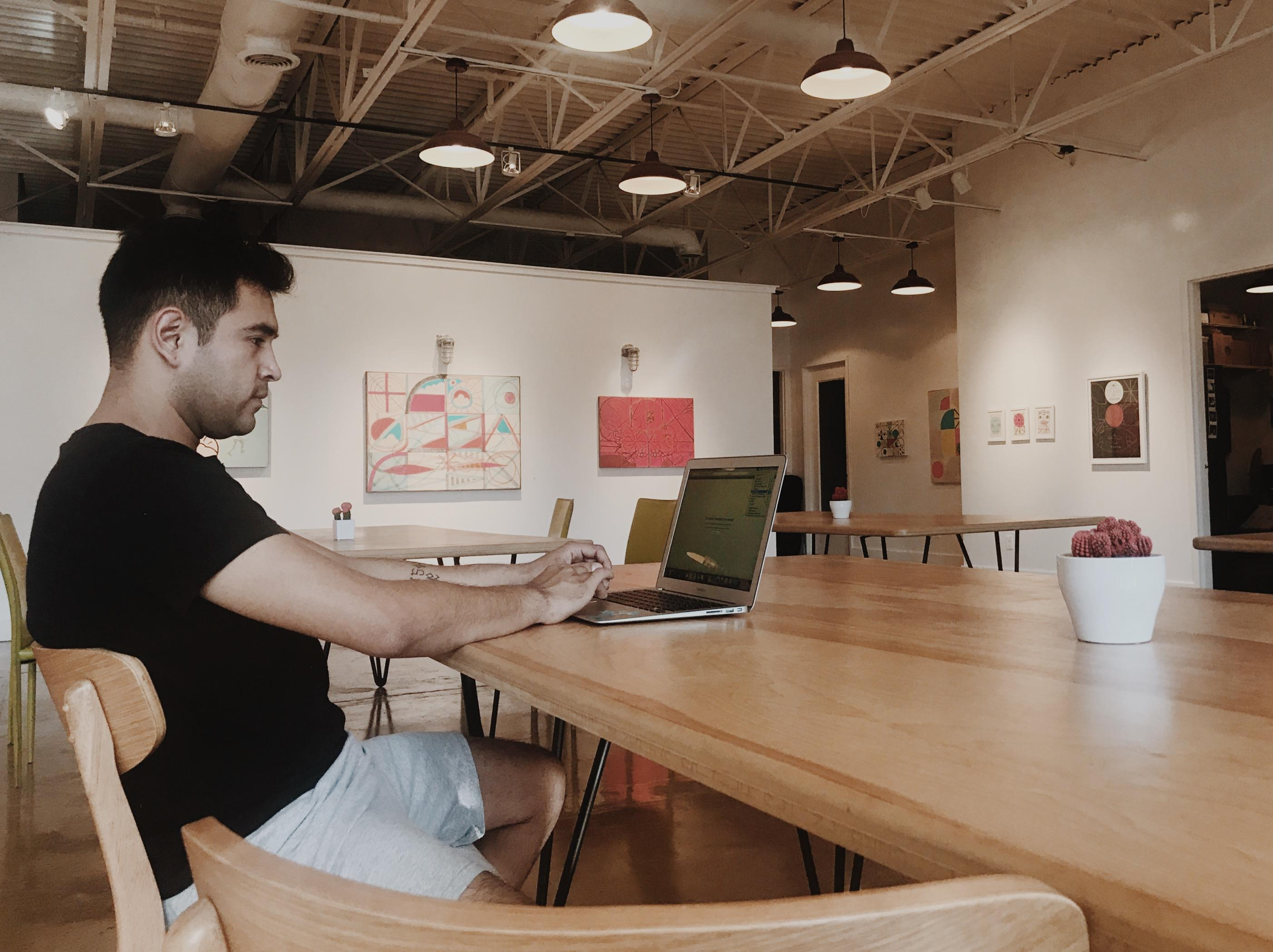 Fort Houston - Art Gallery Shared Co-Working Table