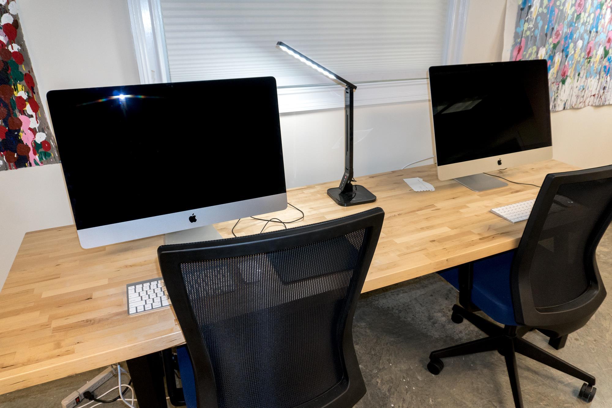 "Saugatuck Digital Arts Workshop, LLC - Dedicated Desk with 27"" iMac"