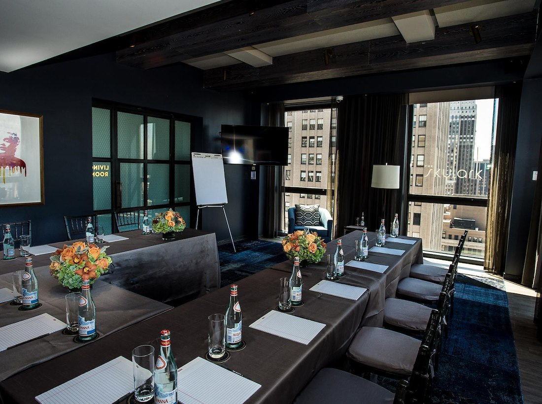 private meeting room for 10 at the skylark midtown west liquidspace