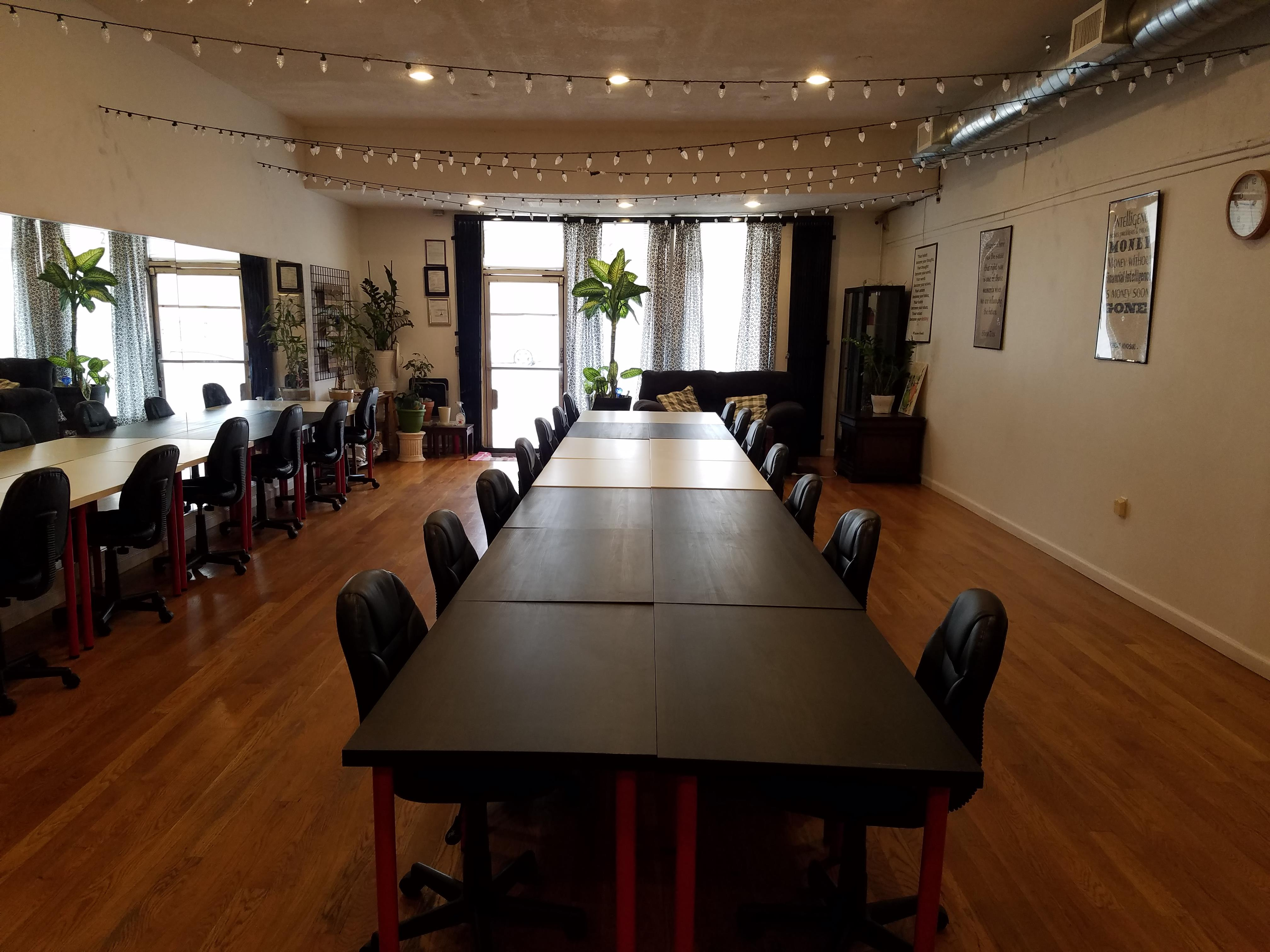 Go Build Business HUB - Meeting Room