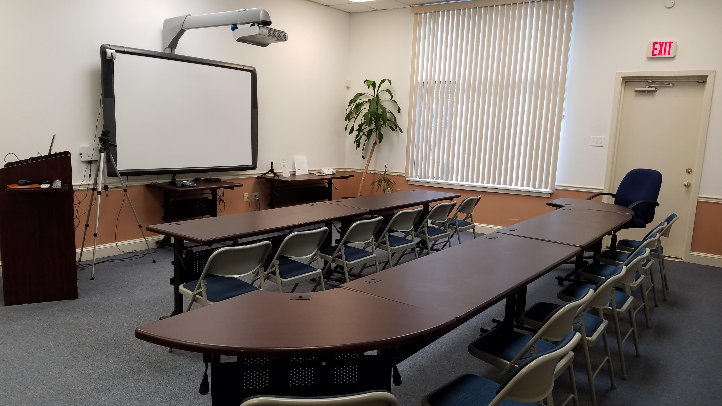 CETRA Language Solutions - Suite 7 Conference Room