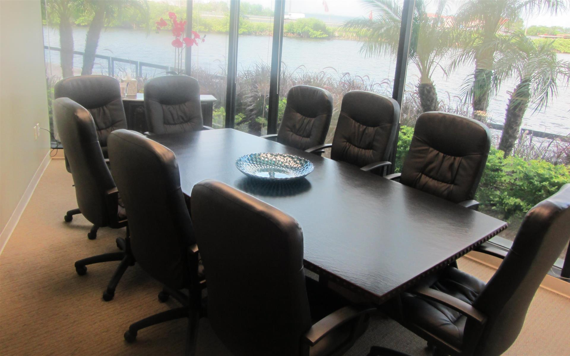 On Point Executive Center - CO working Roaming Station 1