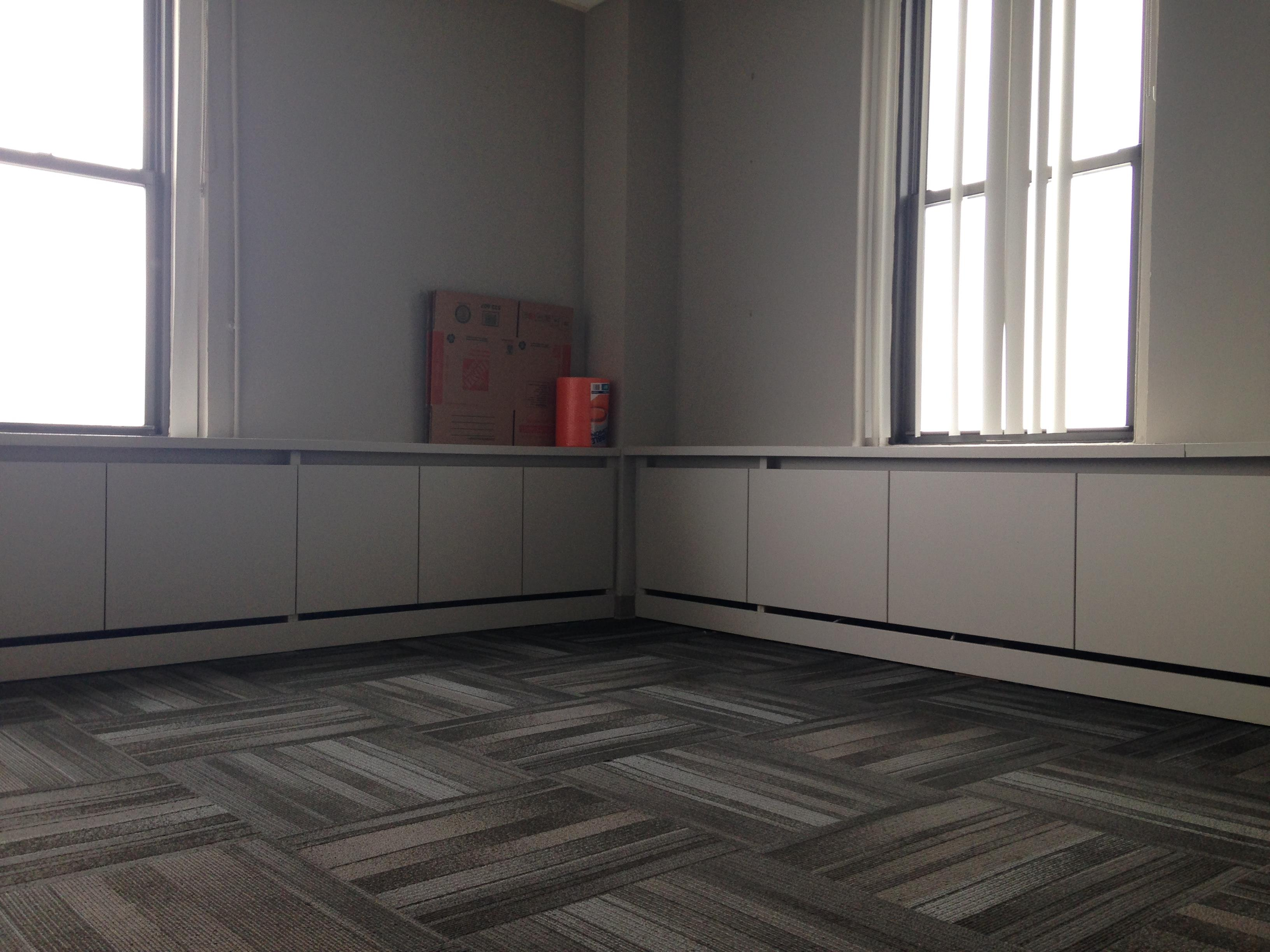 Ross & Hill - Office 1