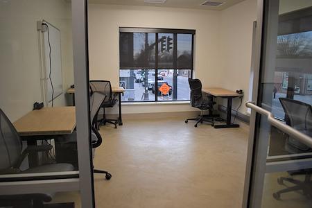 desk chair coworking - Office ( 6 desk suite ) + 2 Desks