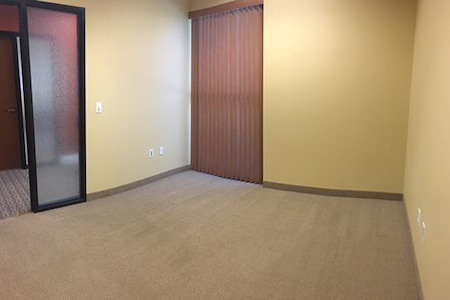 (LVR) South Rainbow Buisness Park - Perfect 1 person window office