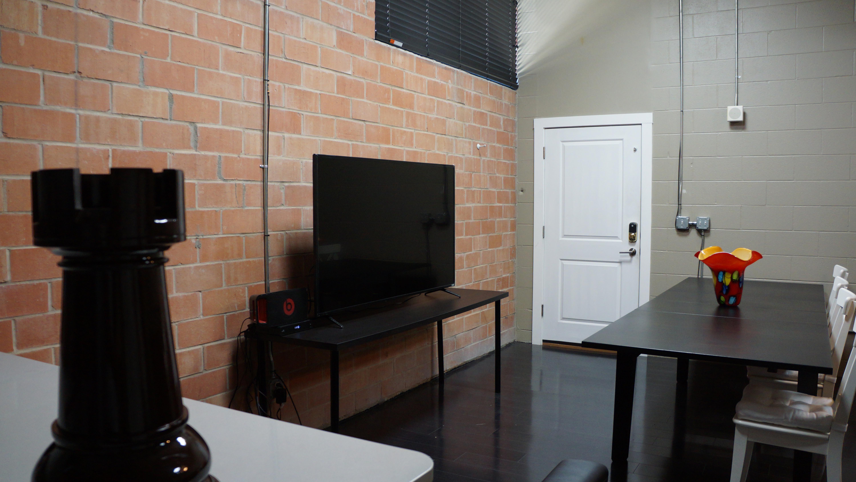 Avista Products' Rook Room - Open High Top Desk