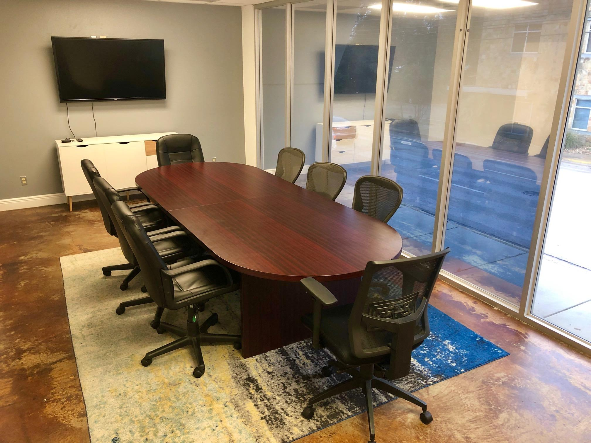 Shared Office. Perfect for team. 14 Desks. - Great location. Free Parking. Flexible.