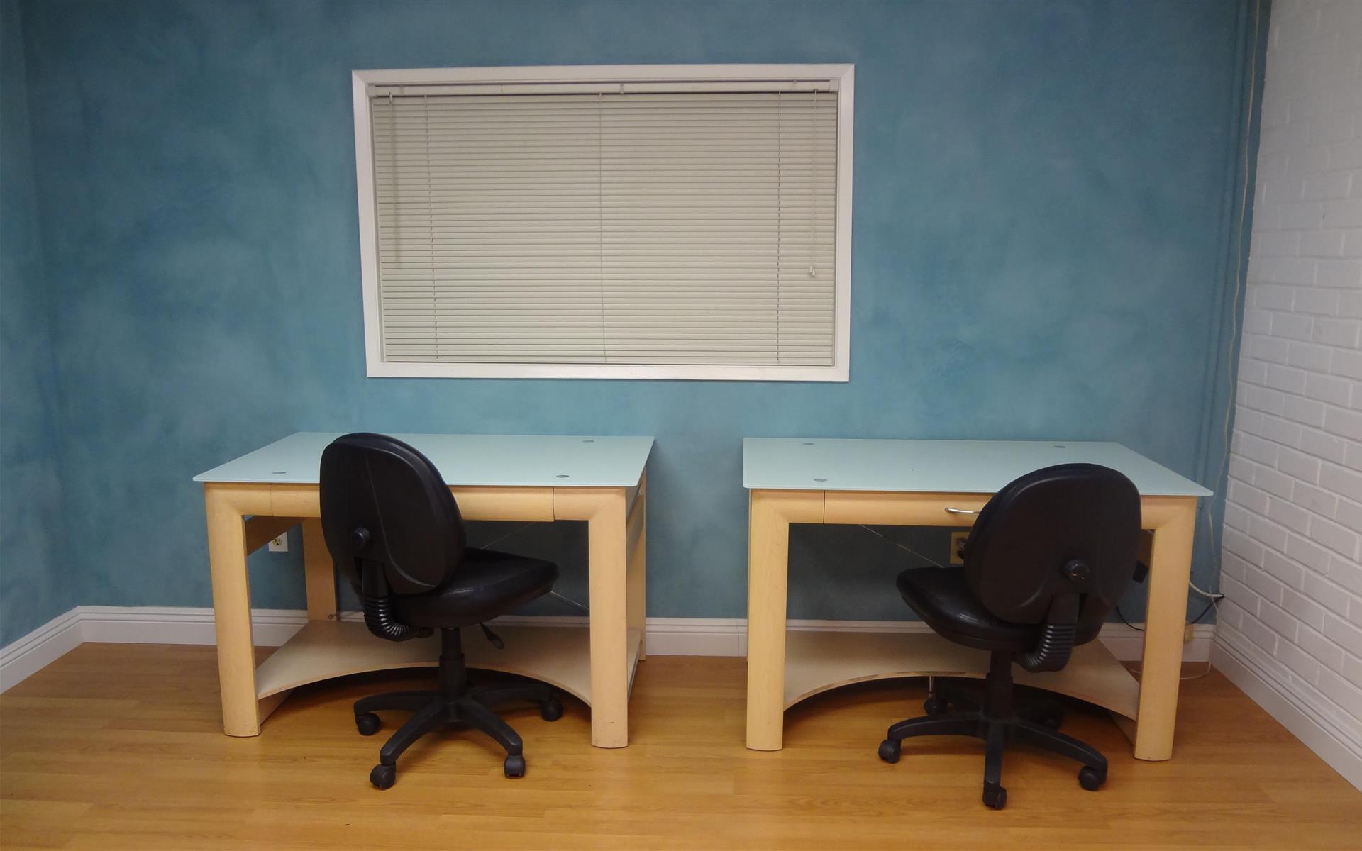 CML Studios - Open Desk