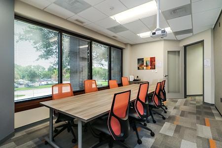 Office Evolution - Overland Park - Conference Room
