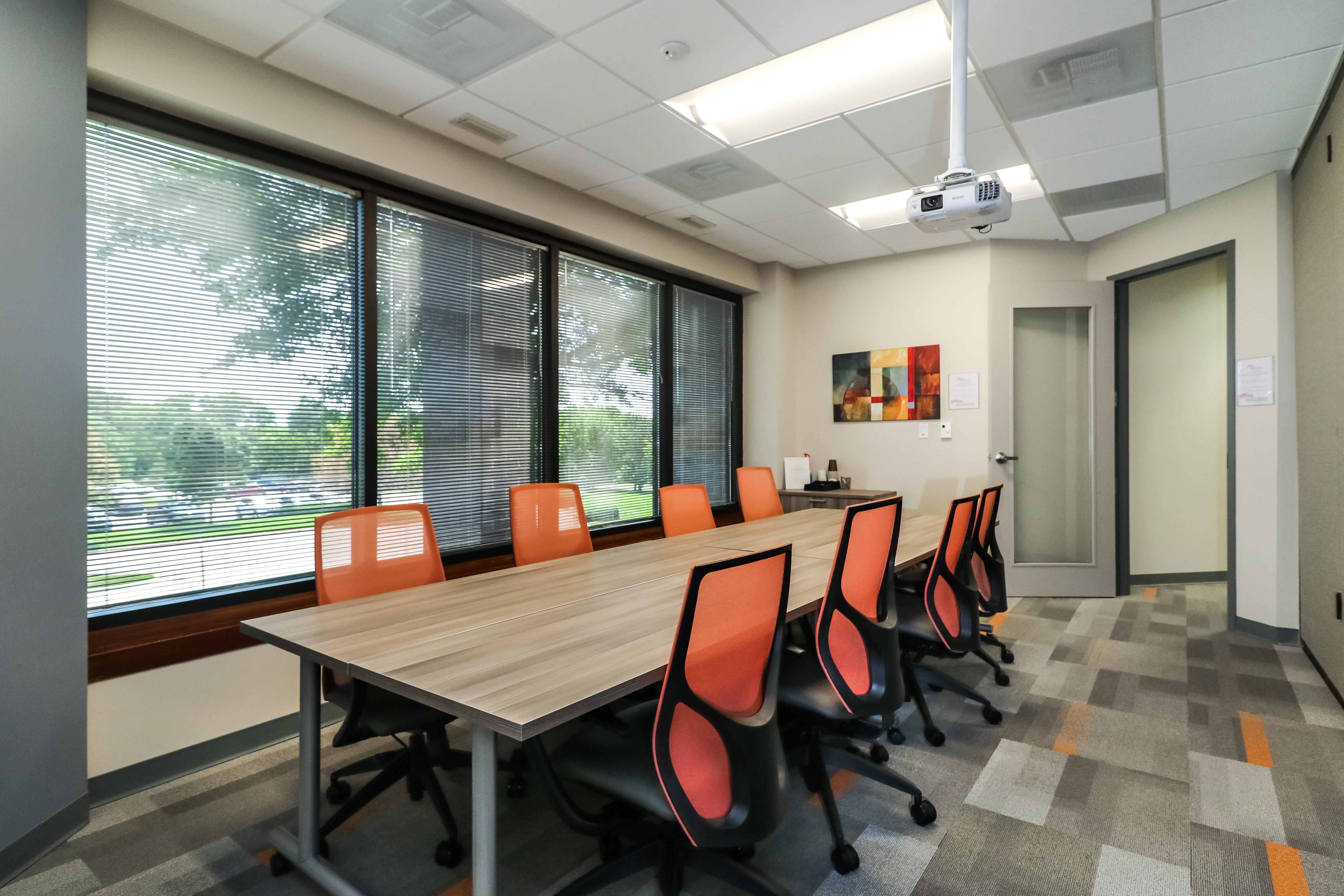 Office Evolution Overland Park - Conference Room