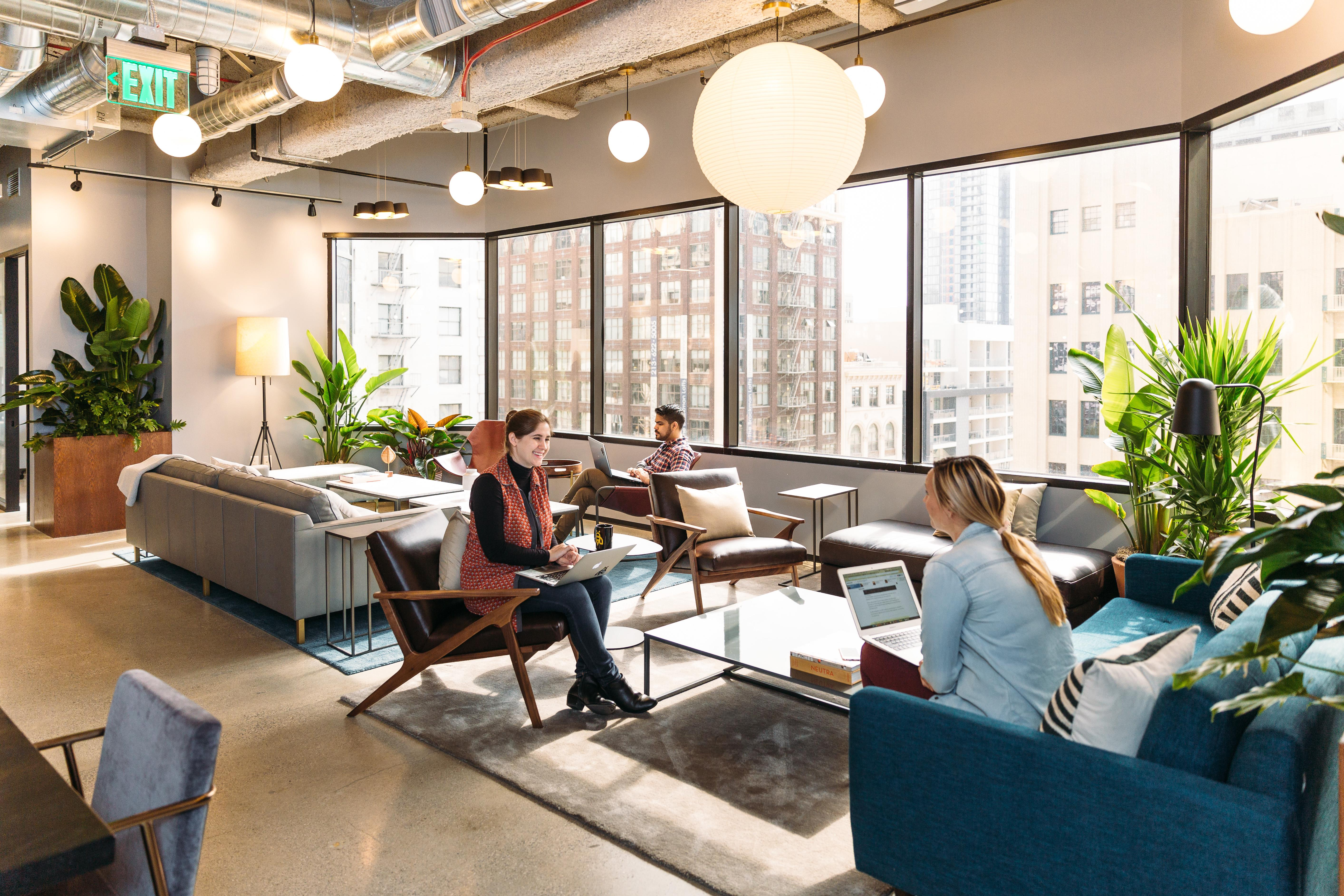Beautiful, Modern Space for Networking, Photo Shoots - Beautiful Modern Office in Downtown LA