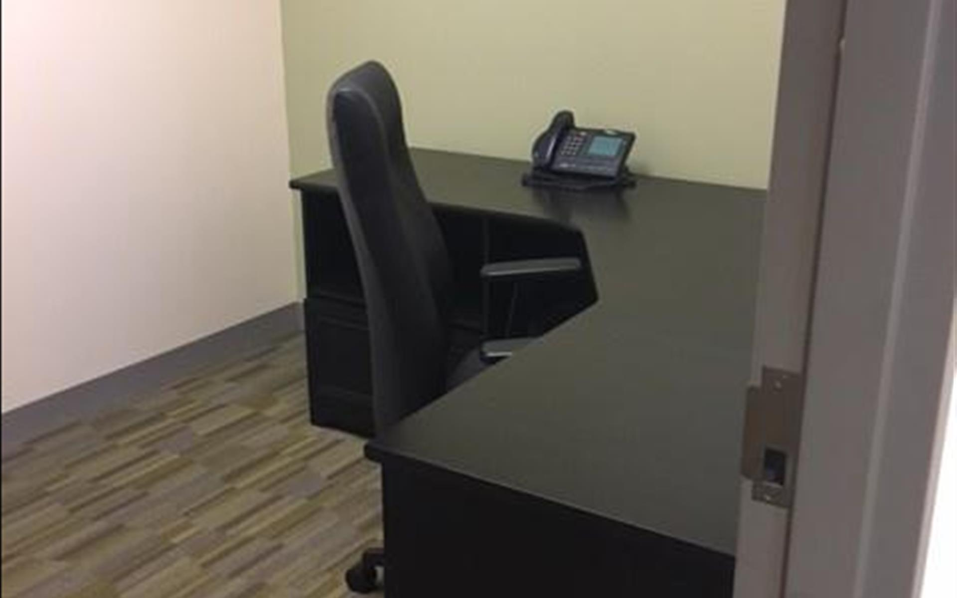 Carr Workplaces - Las Olas - Office 14101