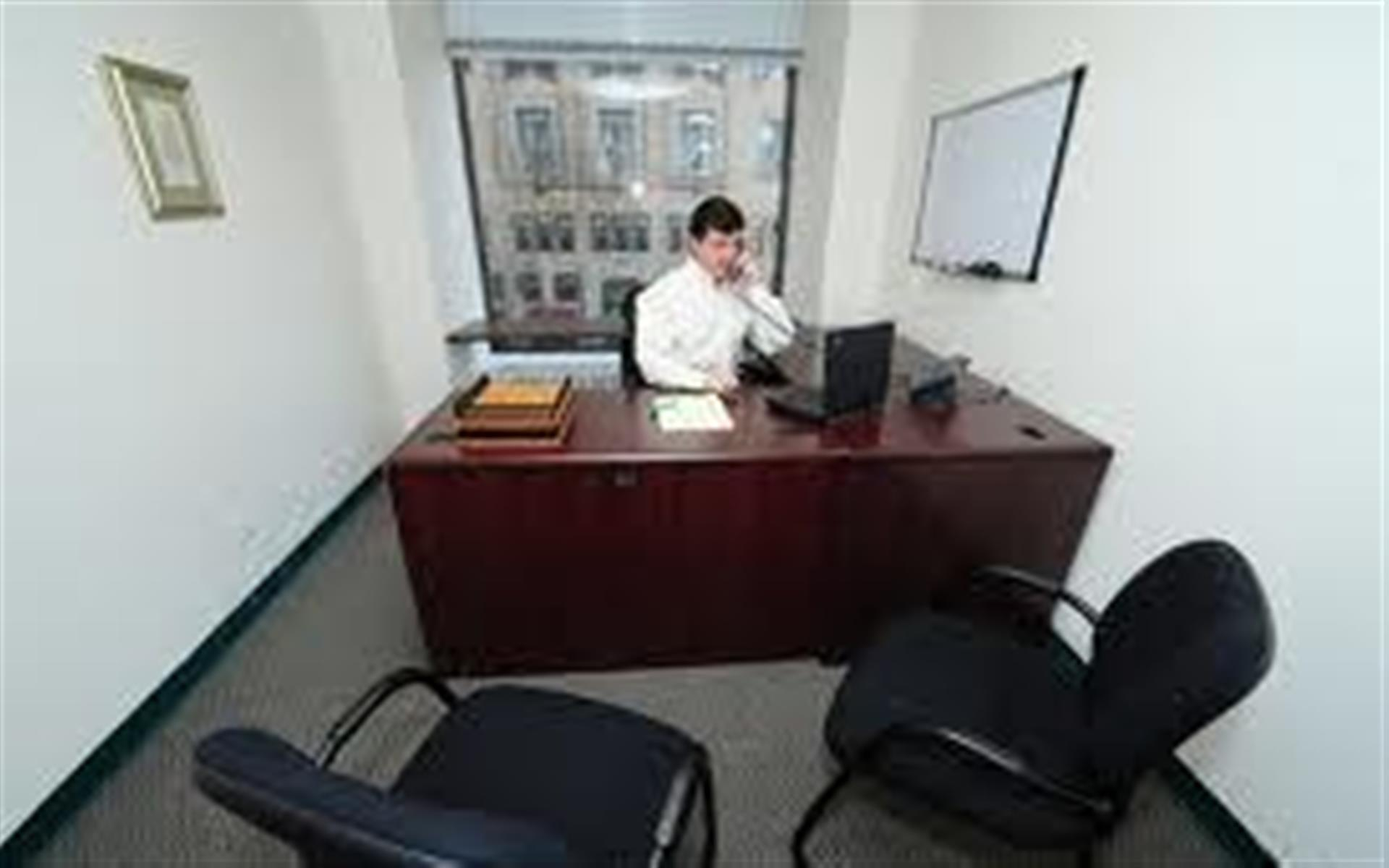 Chicago Virtual Office - Single office - Exterior