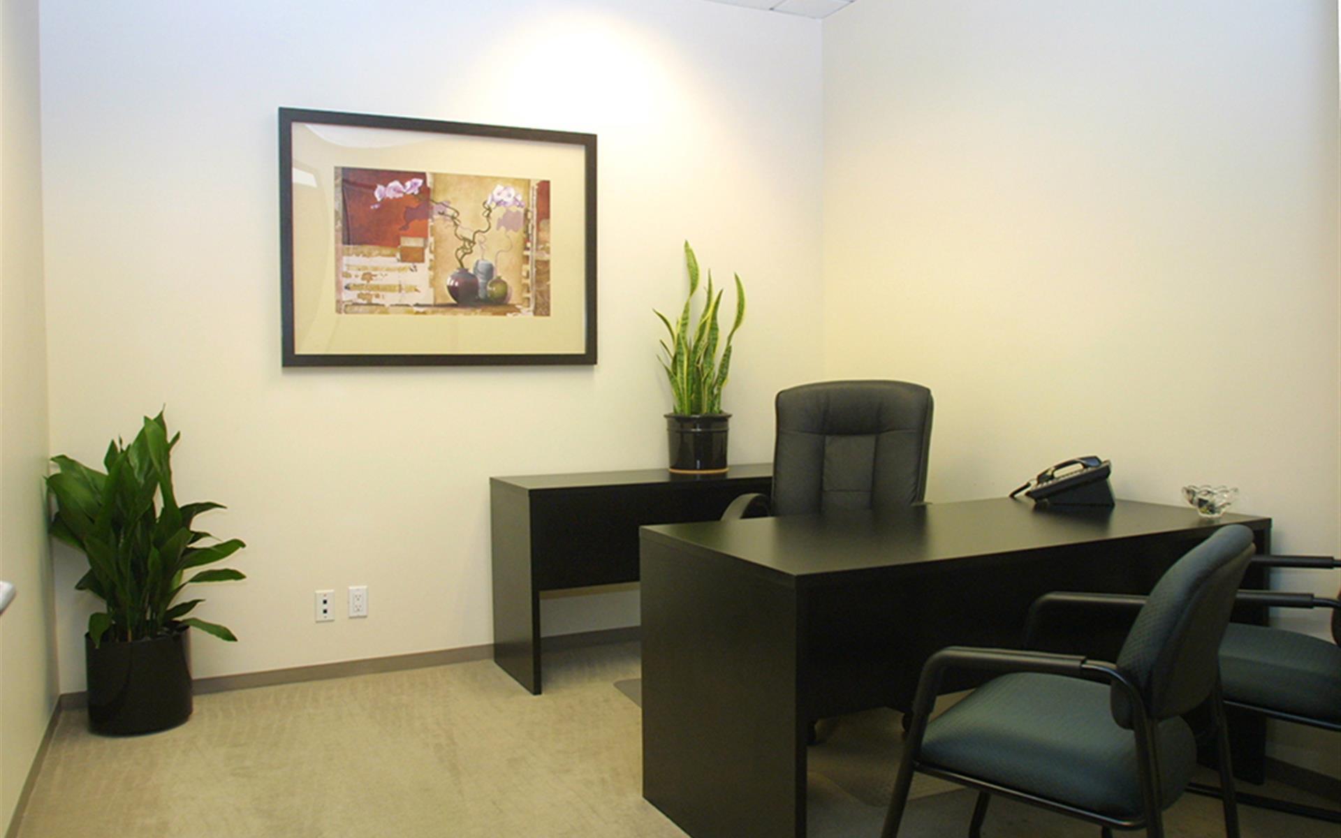 (LBP) 444 W Ocean - Interior Office