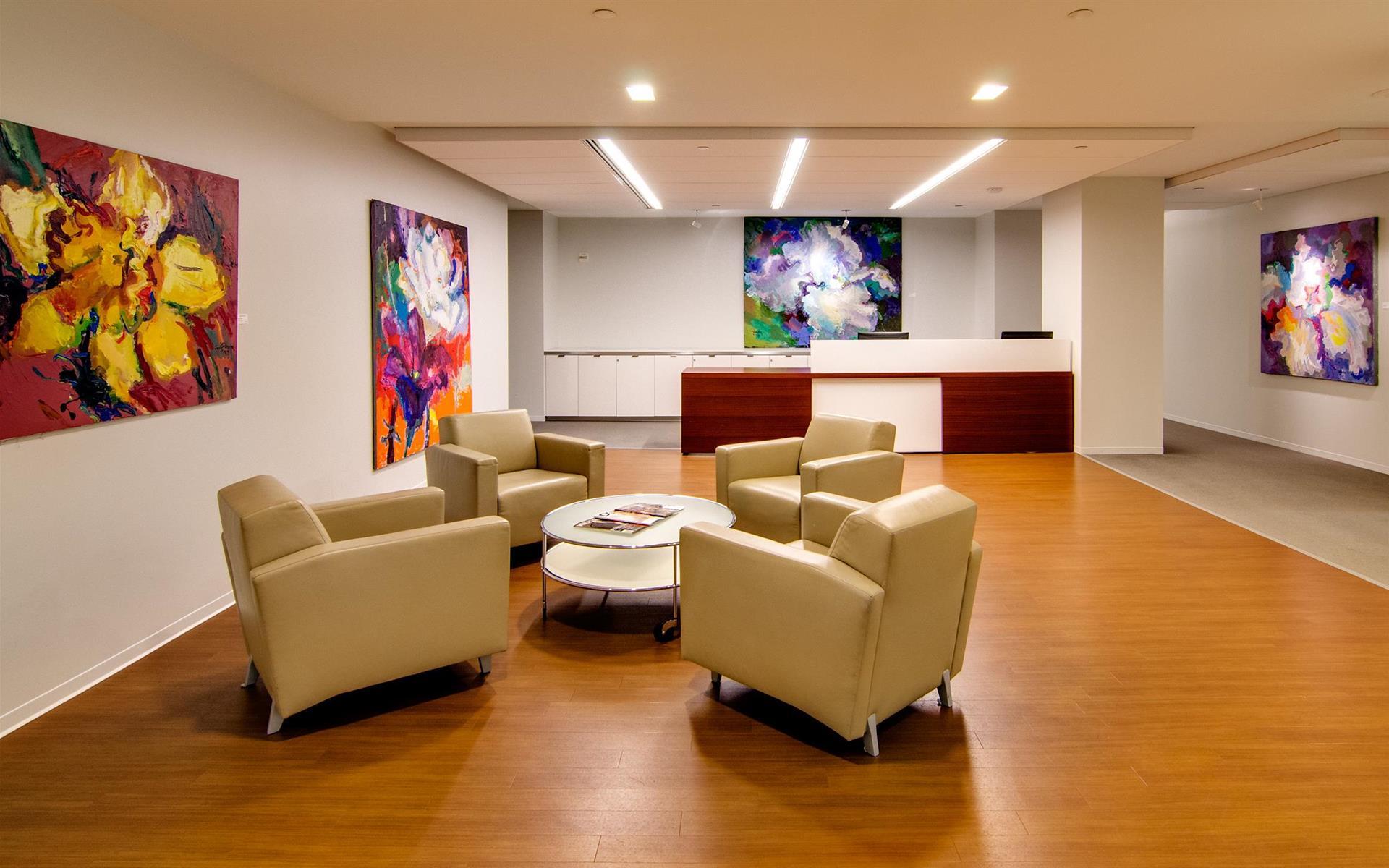 AdvantEdge Workspaces - Downtown Center - Suite D - Team Suite