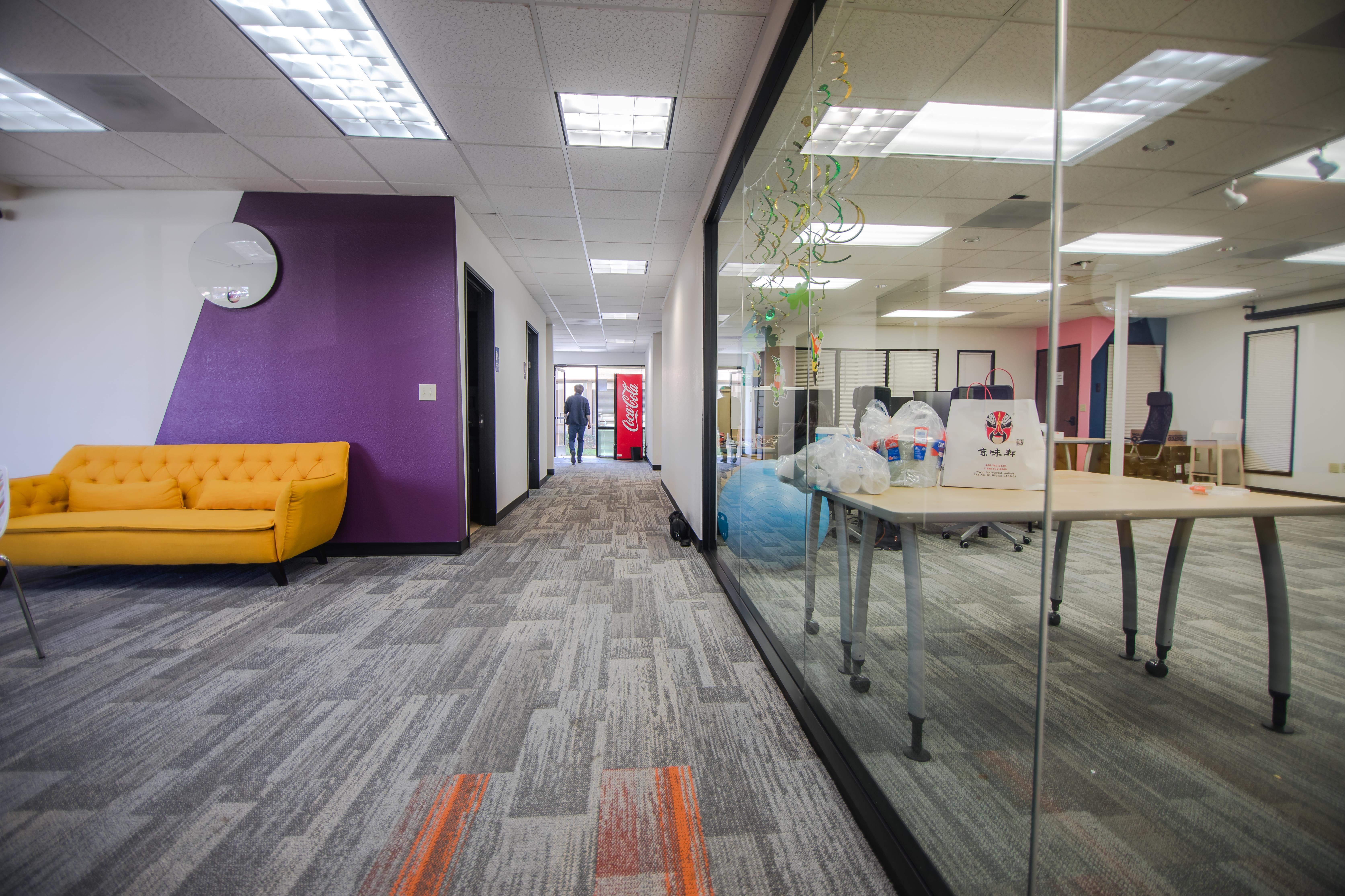 Mindrome Coworking Space and Private Office - Spacious Exterior Office for 2-3