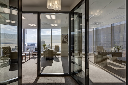 Silver Suites Offices - 7 World Trade Center - Corner Suite at 7 WTC