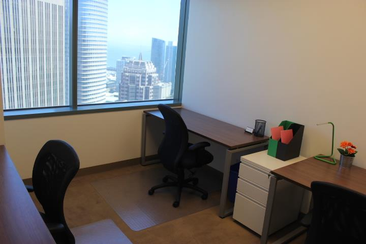 (OSS) One Sansome - Exterior Office for up to 3 people