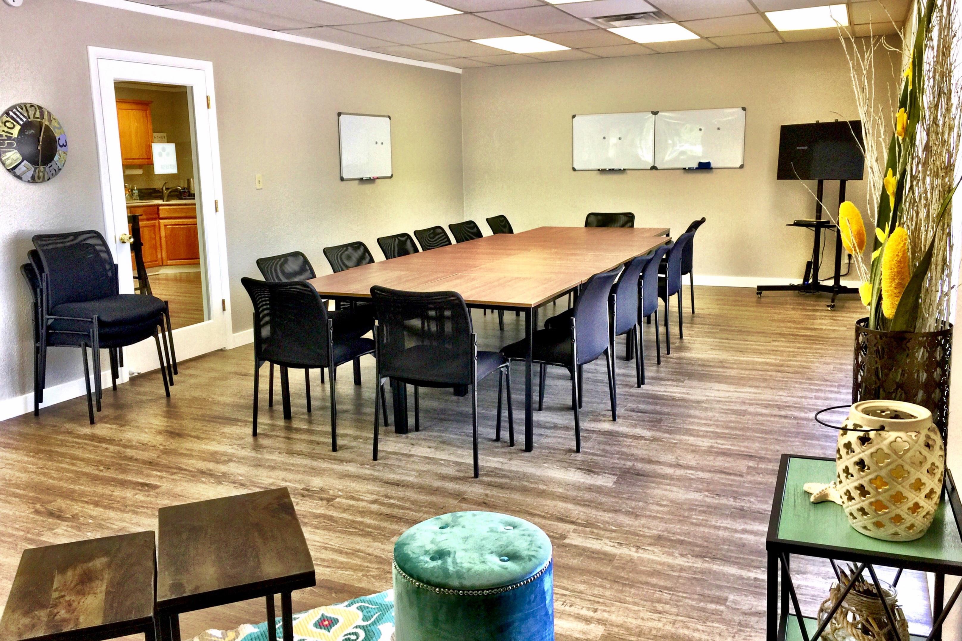 Hot Desk HQ - Large Conference Room 20-25